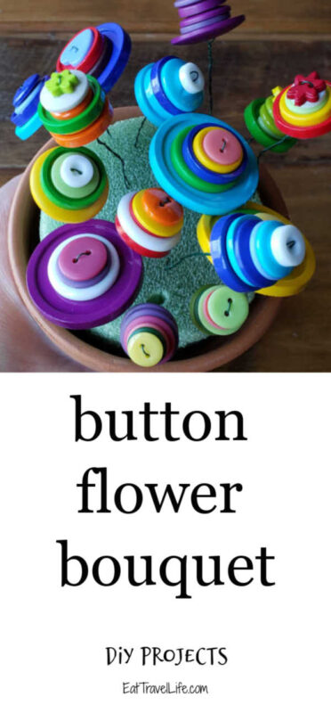 Need a project for your kids? Making button flower bouquets for Mother's Day, Valentines Day and bridal showers. A great motor skill project for the kids.