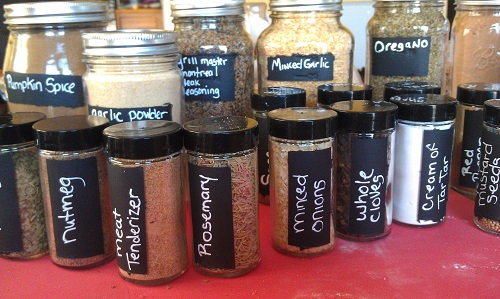 Diy Custom Spice Containers With Chalkboard Paint Eat