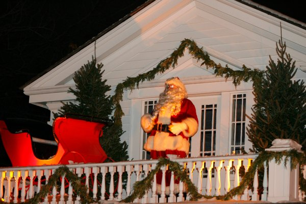 Love Christmas? Experience Holiday Nights at Greenfield Village. Located in Dearborn Michigan. A top ten family holiday destinations by USA Today.