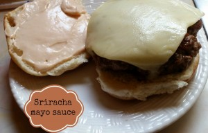 Sriracha mayo sauce with Red Gold makes your burger better!|eattravellife.com