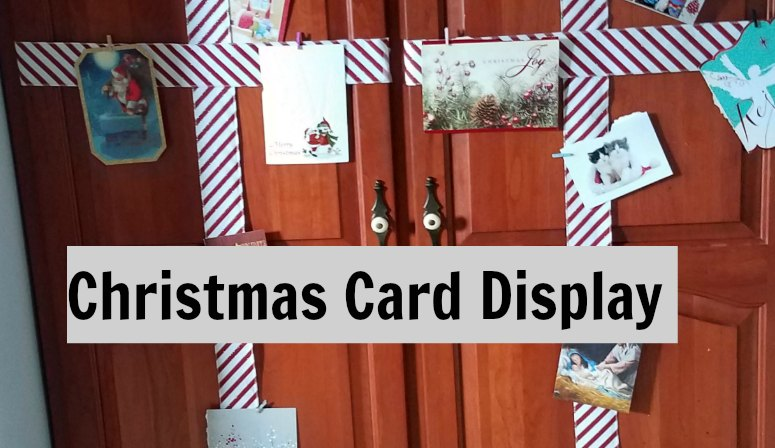 Make your own Christmas card display for the cards you receive from family and friends. This is an inexpensive holder to make yourself. - eattravellife.com