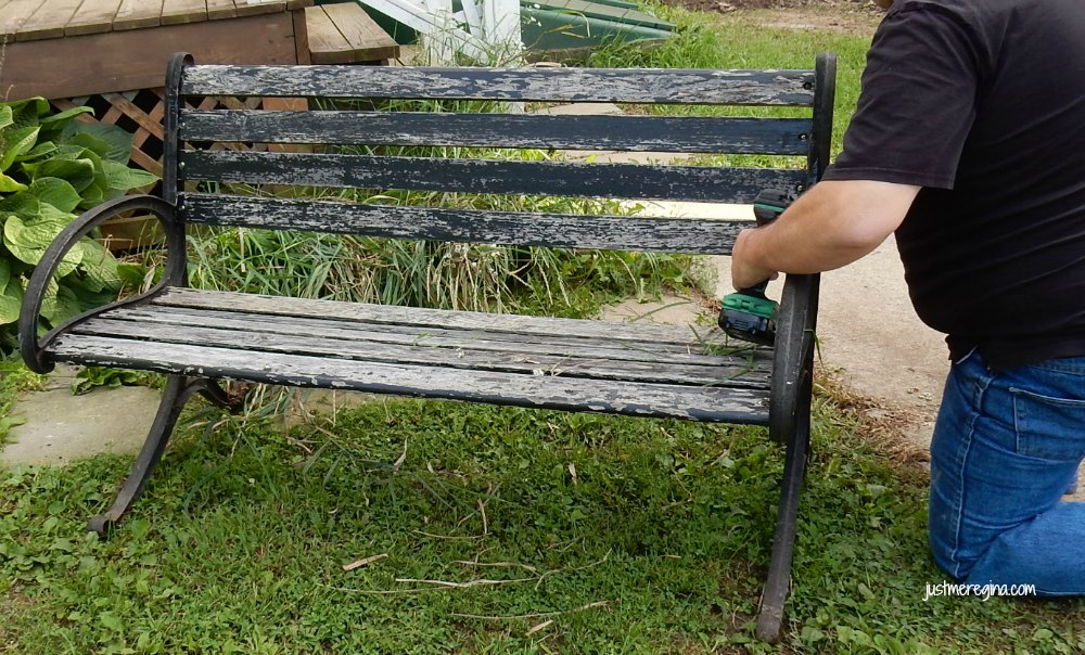 Old bench repair tips. Take your old tired bench and give it some new life with paint and tlc. - eattravellife.com