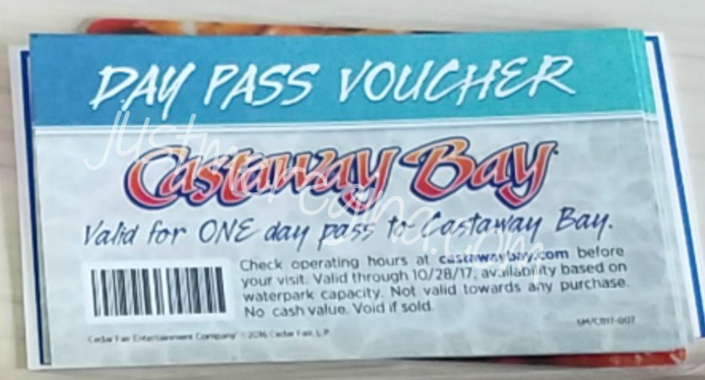 Castaway Bay Sandusky Ohio giveaway. Enter to win a 4 day pass giveaway to Castaway Bay- eattravellife.com