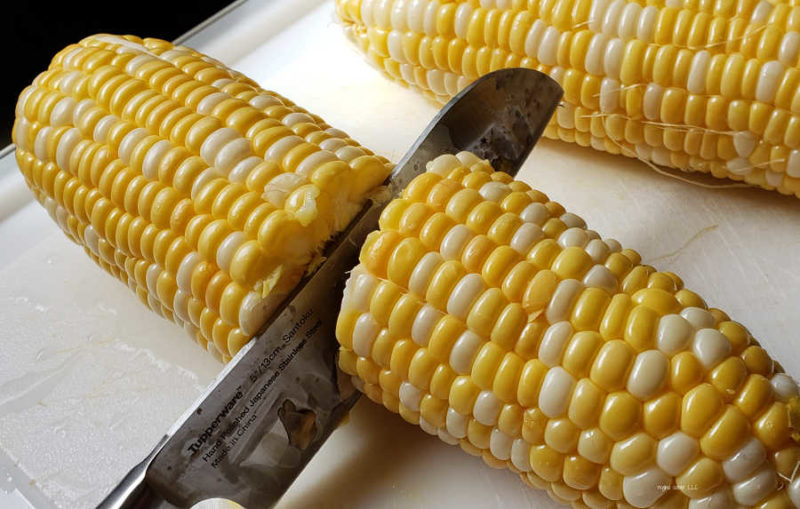 Quick and easy way to cook sweet corn in your Instant Pot. In minutes, you can enjoy delicious cooked sweet corn. A perfect dish for lunch and dinner.