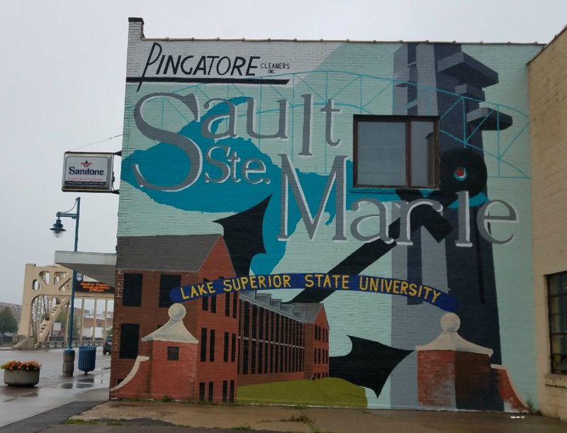 Michigan has some stunning wall murals. Do you know where they are hidden? Find out how you can find some beautiful murals in the Michigan.