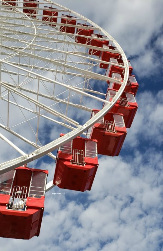 Branson Ferris Wheel Gondola