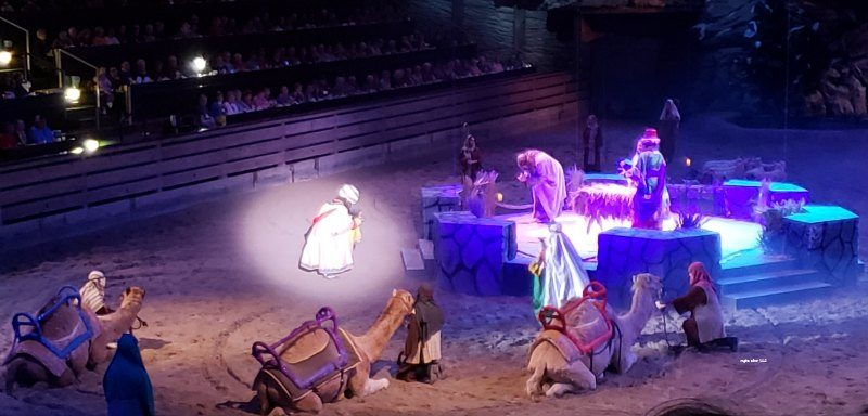 dolly parton nativity Christmas