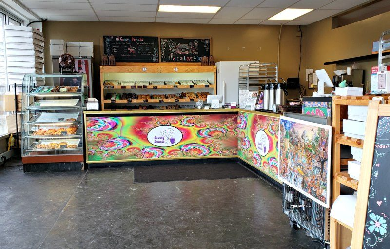 inside groovy donuts east lansing michigan