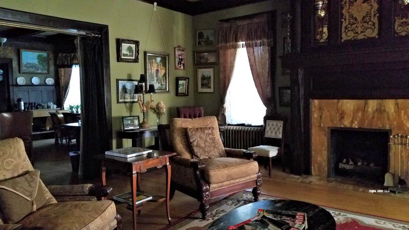 sitting room Laurium Manor Inn Michigan