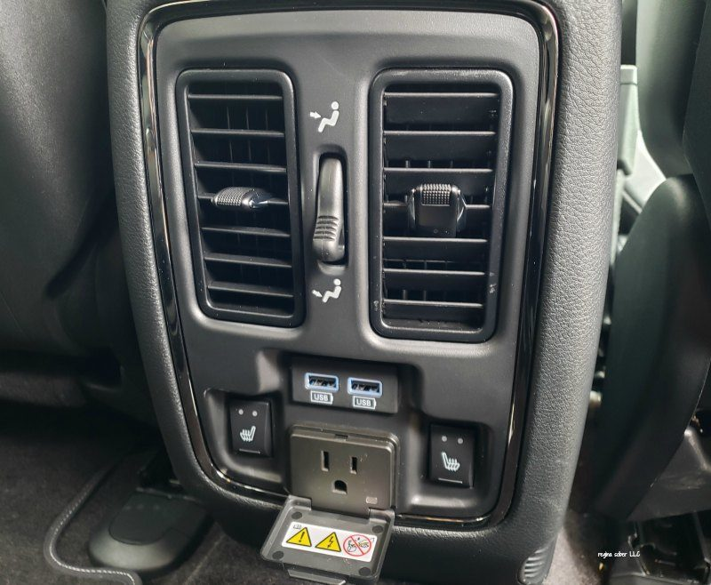 rear climate controls