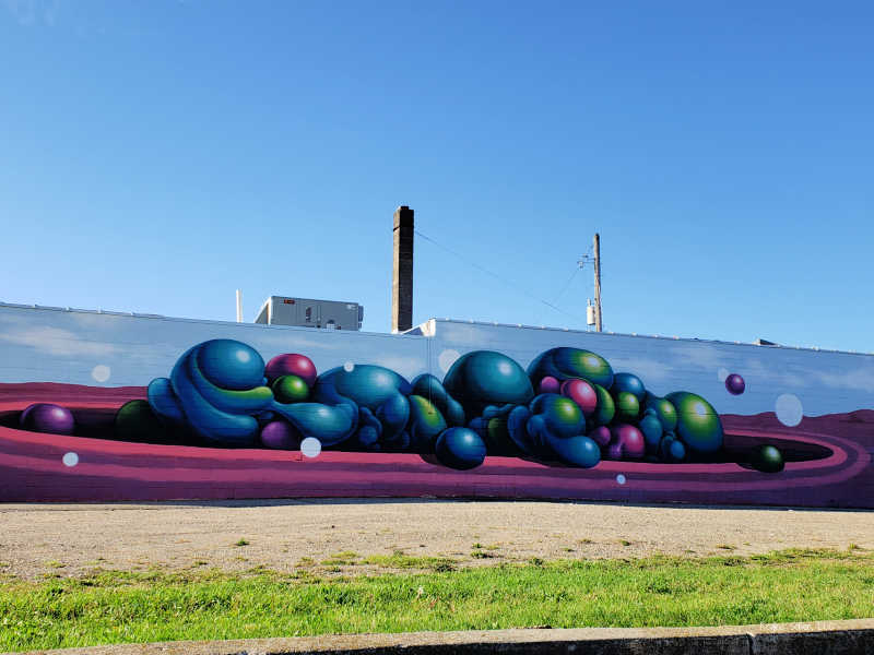 Larch Street Mural