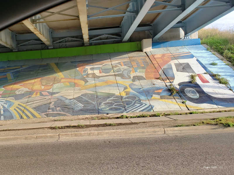Mural Under 127 Frandor