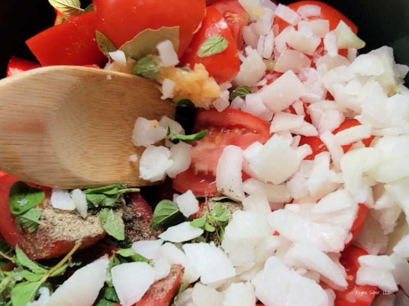 spices to tomato sauce